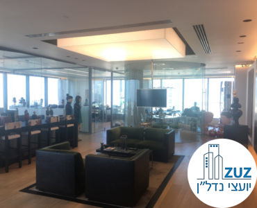 פינת כניסה עם כורסאות במשרד במגדל המוזיאון תל אביב