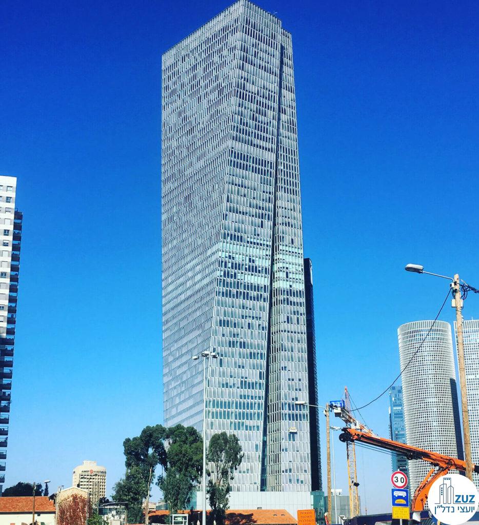 מגדל שרונה עזריאלי, דרך מנחם בגין 121 תל אביב