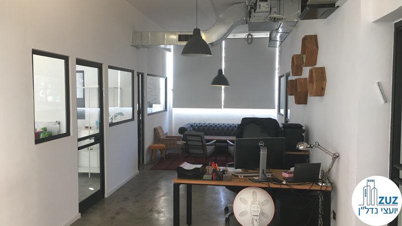 פינת כניסה במשרד בשכונת מונטיפיורי תל אביב
