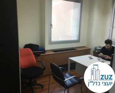 חדר מרוהט במשרד בבית עמגר תל אביב