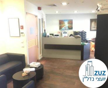 פינת כניסה במשרד במגדלי עזריאלי תל אביב