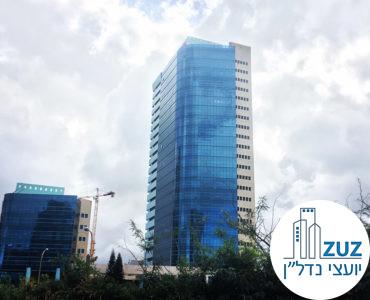 מגדל טויוטה. רחוב יגאל אלון 65 תל אביב