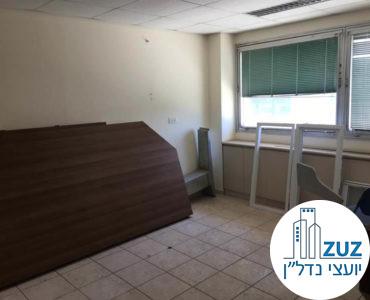 חדר במשרד במתחם בית המשפט תל אביב