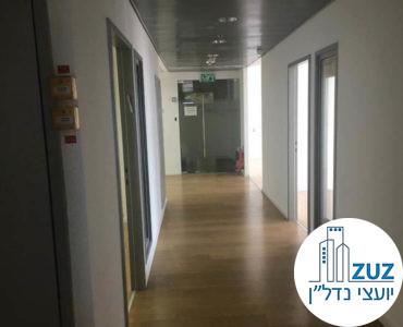 מסדרון במשרד במגדל היובל תל אביב