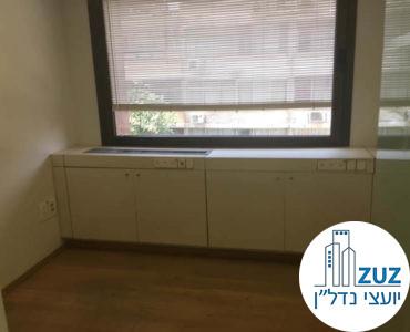 חדר במשרד בבית יעבץ תל אביב