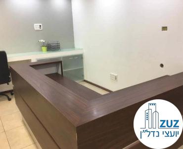 עמדת קבלה במשרד במגדל המוזיאון תל אביב
