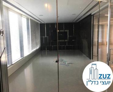 חדר ישיבות במשרד במגדל המוזיאון תל אביב