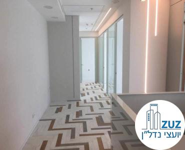 מסדרון במשרד במגדל ויי תל אביב