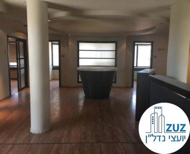פינת כניסה במשרד במתחם בית המשפט תל אביב