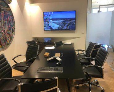חדר ישיבות במשרד במגדל אדגר 360 תל אביב