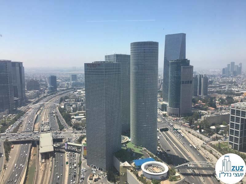נוף ממשרד להשכרה במגדל מידטאון תל אביב
