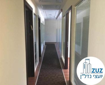 מסדרון במשרד בשכונת יד אליהו תל אביב