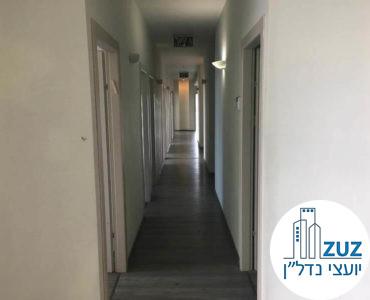 מסדרון במשרד במרכז ויצמן תל אביב