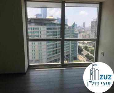 חדר עם חלון במשרד במרכז ויצמן תל אביב