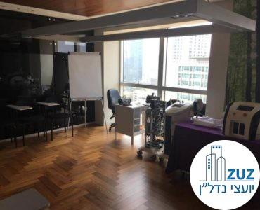 חדר ישיבות במשרד במגדל ויצמן תל אביב