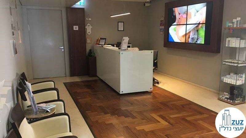 פינת כניסה במשרד במגדל ויצמן תל אביב