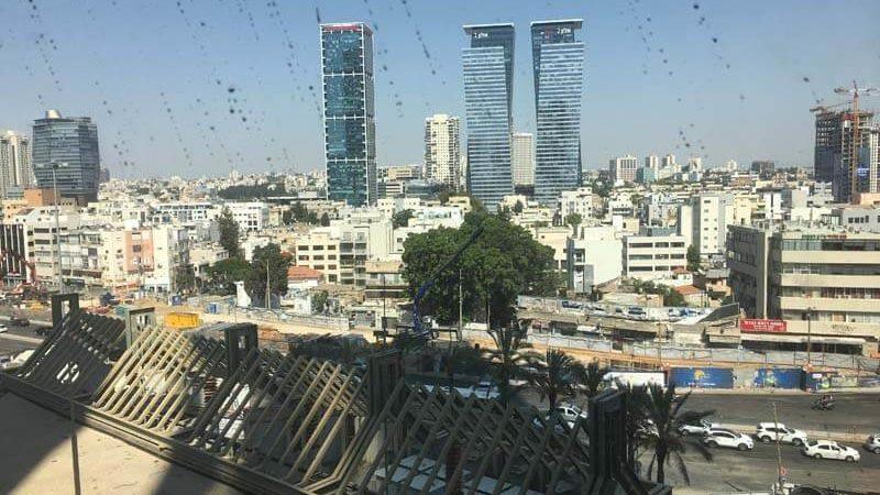 נוף למגדלי אלון ממשרד במגדלי הארבעה תל אביב