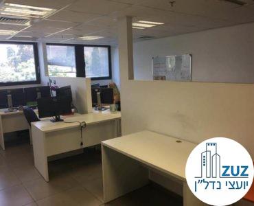 פינות עבודה במשרד ברחוב טיומקין תל אביב