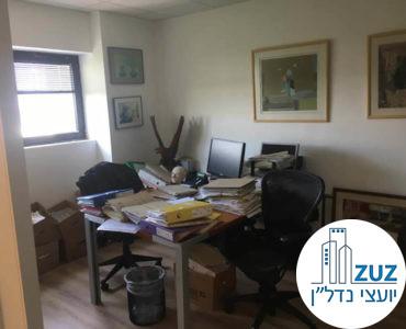 חדר במשרד במגדלי שקל תל אביב