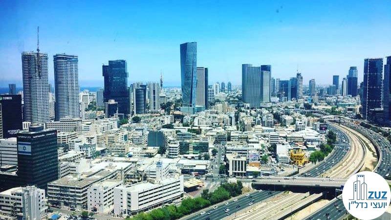 נוף של מגדלים בתל אביב, ישראל