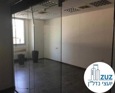 חדר ישיבות במשרד בבית עמגר תל אביב