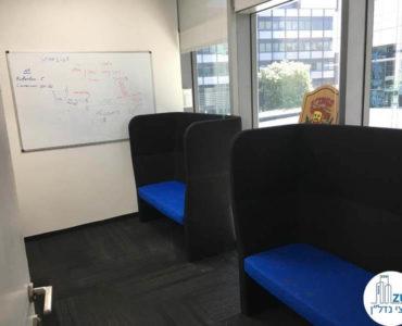 פינות ישיבה במשרד בבית אמפא תל אביב