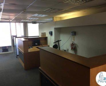 עמדת קבלה במשרד במגדל כלבו שלום תל אביב