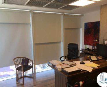 חדר מנכל במשרד במגדל אלקטרה סיטי תל אביב
