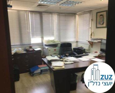 חדר מנהלים במשרד בבית הדר דפנה תל אביב