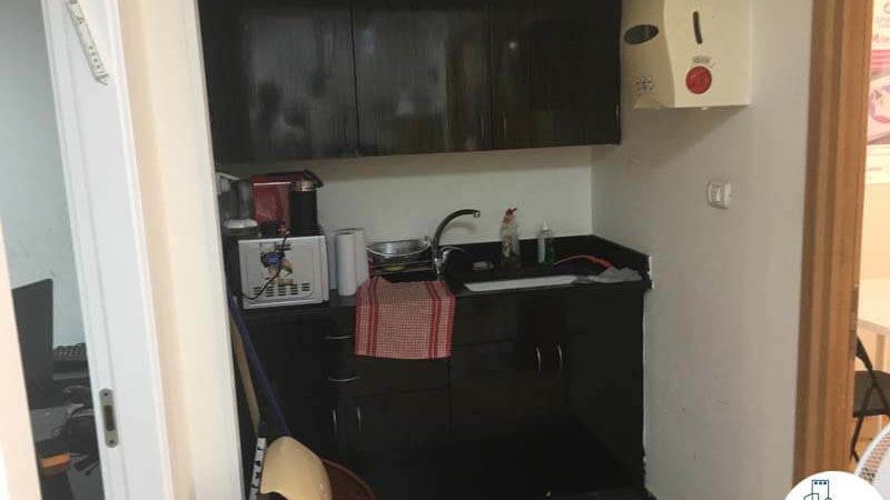 מטבחון במשרד בבית קלקא תל אביב