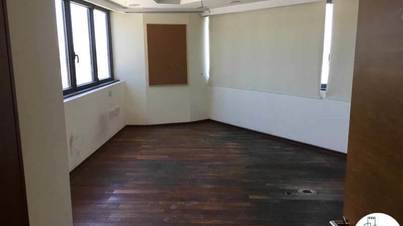 חדר ישיבות במשרד במגדל נצבא תל אביב