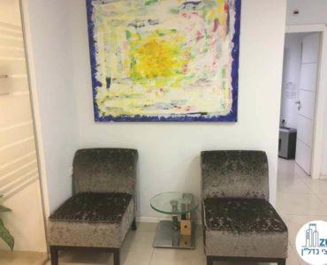 פינת המתנה במשרד בבית אשדר תל אביב