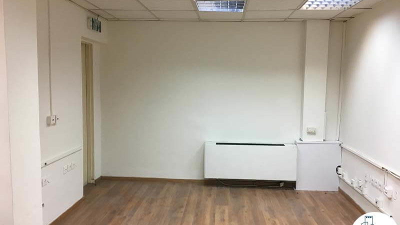 חדר במשרד ברחוב האומנים תל אביב