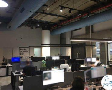 אופן ספייס עם עמדות עבודה במשרד ליד רכבת השלום תל אביב