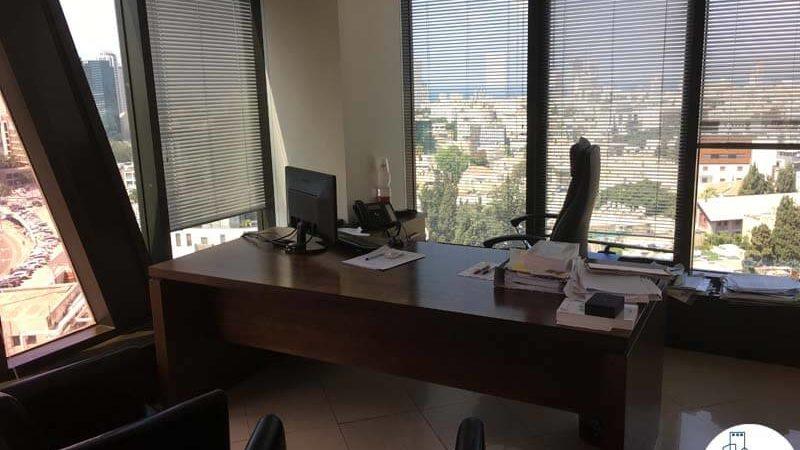 חדר פינתי במשרד במגדל לוינשטיין תל אביב