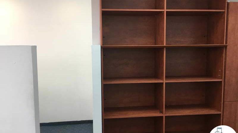 ארונית במשרד במתחם יגאל אלון תל אביב