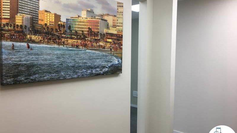 פינת כניסה במשרד במגדל WE תל אביב