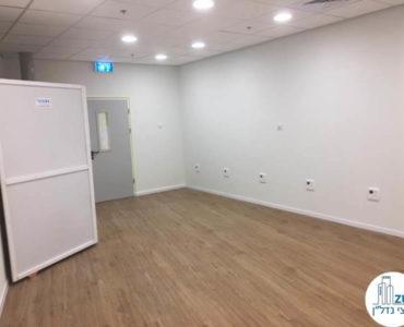 חדר ישיבות במשרד להשכרה במגדל WE תל אביב