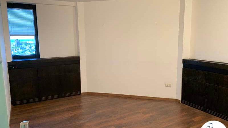 חדר ישיבות במשרד להשכרה במגדל דניאל פריש תל אביב