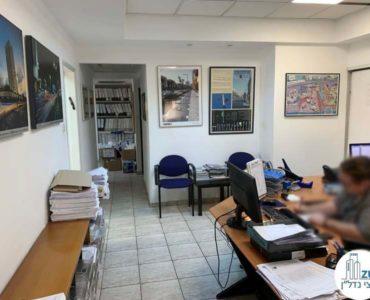 פינת כניסה במשרד להשכרה בכיכר רבין תל אביב