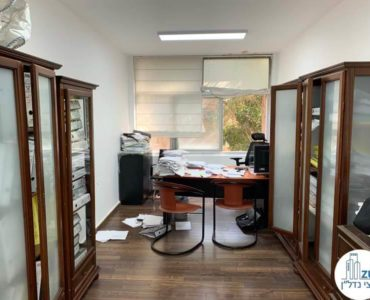 חדר במשרד להשכרה בכיכר רבין תל אביב
