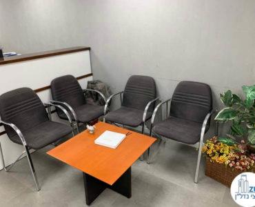 פינת המתנה במשרד להשכרה בכיכר רבין תל אביב