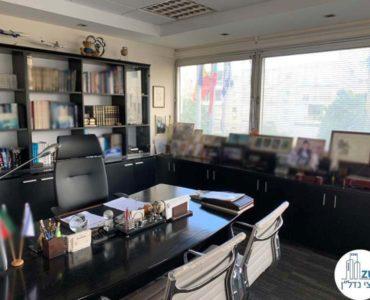 חדר מנכל במשרד להשכרה במתחם בית המשפט תל אביב