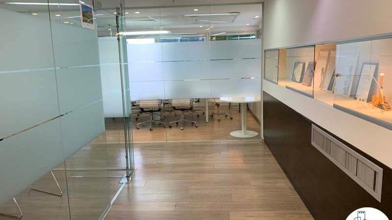 מסדרון במשרד להשכרה במתחם בית המשפט תל אביב