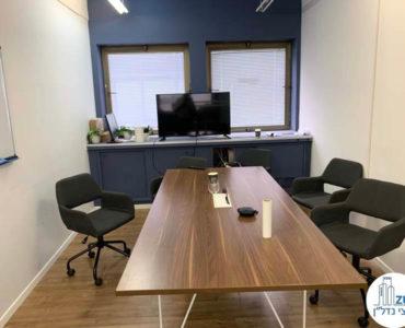 חדר ישיבות במשרד להשכרה במתחם הארבעה תל אביב