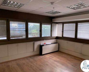 חדר פינתי במשרד להשכרה בבית הדר דפנה תל אביב