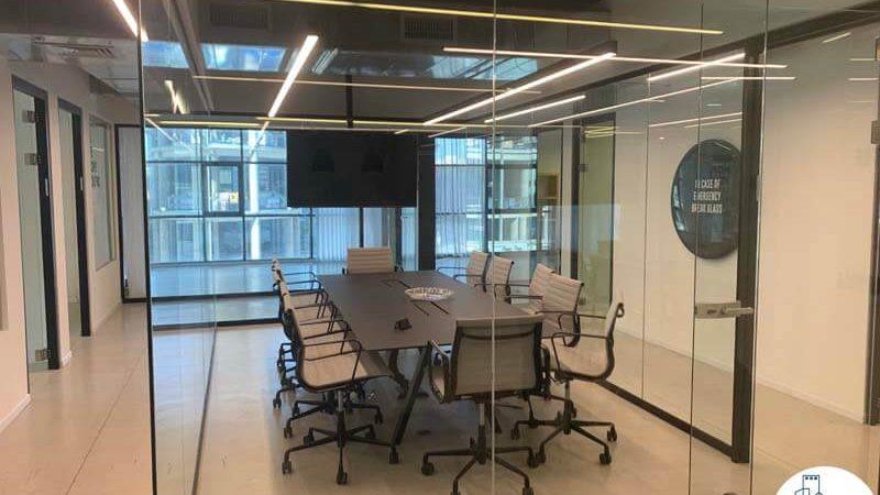 חדר ישיבות מפואר במשרד להשכרה בחסן ערפה תל אביב