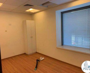חדר ישיבות במשרד להשכרה במגדל המוזיאון תל אביב