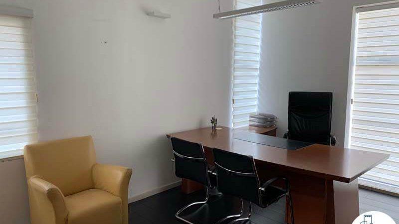 חדר במשרד להשכרה במתחם רוטשילד תל אביב