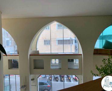 חלון במשרד להשכרה ברחוב אחד העם תל אביב